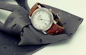 בגד ושעון
